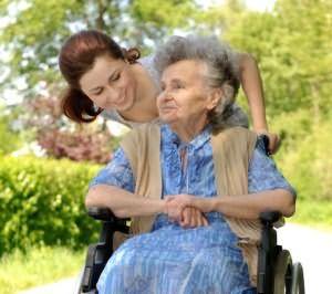 уход за престарелыми людьми на дому идет ли в северный стаж