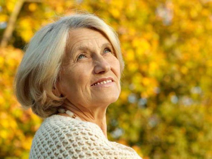 во сколько лет женщины сотрудники мвд уходят на пенсию
